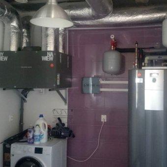 zamontowana pompa ciepła